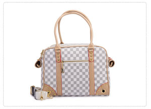 High Quality PU Leather Double Layer Classic Grid Pet Carriers pictures & photos