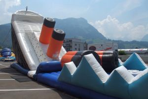 Cheap Commercial Giant Inflatable Titanic Slide for Sale pictures & photos