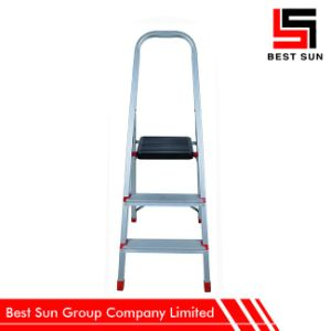 Household Aluminium Ladder Price with Top Tool Tray pictures & photos