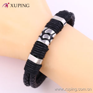 Fashion Cool Men Stainless Steel Jewelry Leather Bangle pictures & photos