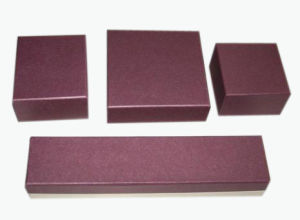 High Quality Brown Colour Paper Jewelry Box (YY-J0050) pictures & photos