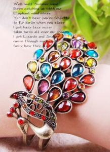 Love Gift: Peacock Shape Bracelet