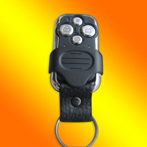 4 Channel Rolling Code Remote Control (YCF8104GKP)