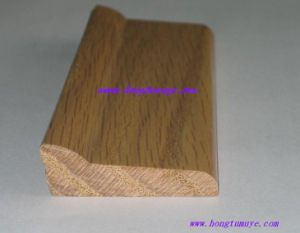 Oak Veneered Finish Skirting Board (SB-119) pictures & photos