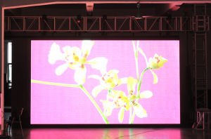 P7.62 Indoor Full Color Rental LED Display (201104) pictures & photos