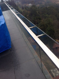Popular Aluminum Glass Balustrade Design / Interior Aluminum U Channel Glass Railing pictures & photos