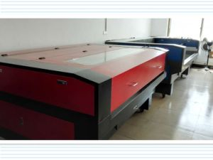 Automatic High Speed Laser Cutting and Engraving Machine for Cloth