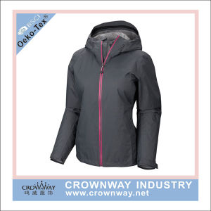 Custom Womens 10000mm Waterproof Rain Jackets with TPU Membrane pictures & photos
