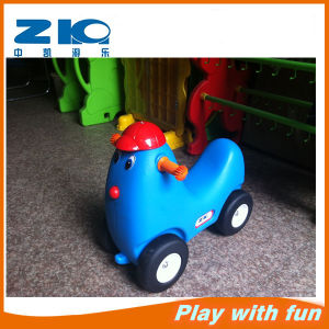 Mini Plastic Car with Wheel for Home Play pictures & photos
