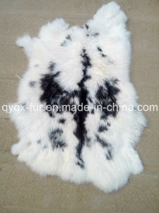 Natural and Thick 100% Real Rabbit Skin pictures & photos