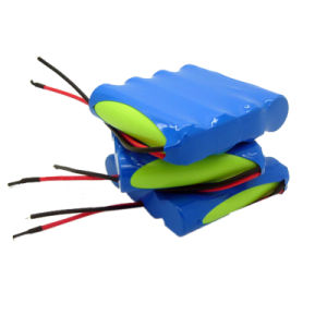 High Capacity 7.4V Rechargeable 18650 Li Ion Battery (4400mAh) pictures & photos