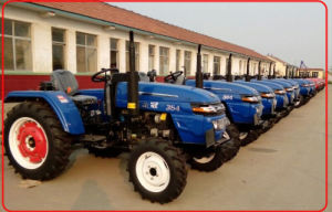 350/354 35HP 4WD Huaxia Farming Tractor pictures & photos