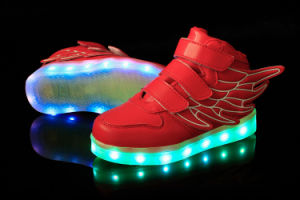 Wholesale Shoes Rechargeable LED Light up Kids Shoes pictures & photos