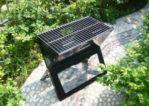 Party Folding Portable BBQ Grill pictures & photos
