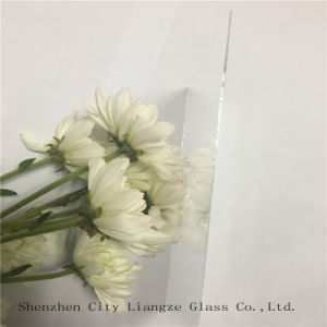 0.55mm Clear Ultra-Thin Soda-Lime Glass for Mobile Phone Cover pictures & photos