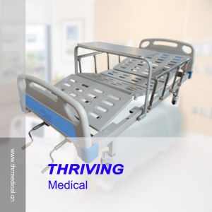 Two-Crank Steel Hospital Manual Bed (THR-MB220) pictures & photos
