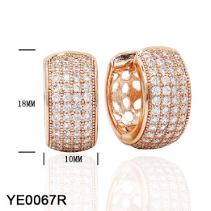 New Design Fashion Jewelry 925 Sterling Silver or Brass Cubic Zirconia Small Huggie Hinged Hoop Earrings for Women pictures & photos