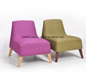 European Small Cloth Art Sofa Chair of Single Person Sofa Cloth Art Sofa Couch Potato Real Wood Wooden Wholesale (M-X3747) pictures & photos