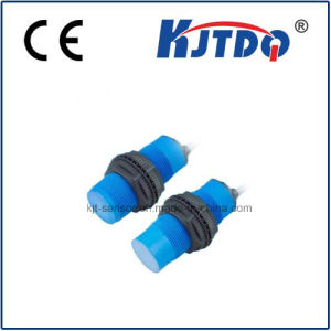 M30 Capacitive Proximity Sensor with Plastic Housing pictures & photos