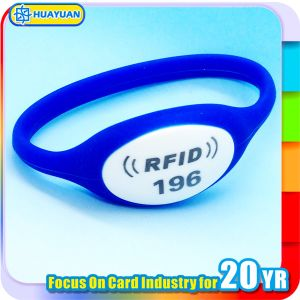 Durable NTAG213 Silicone RFID Wristband for Swimming pictures & photos