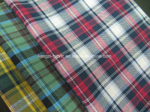 Yarn Dyed Cotton Flannel Twill Check Fabric for Shirt pictures & photos