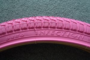 700c Pink Bicycle Tire for Sale pictures & photos