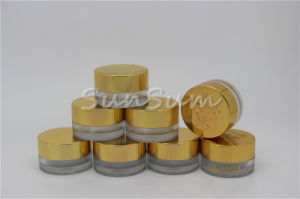 Cream Jar Bottle with Shining Gold Lid pictures & photos