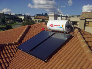 Roof Top Flat Panel Solar Water Heater pictures & photos