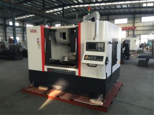 4 Axis CNC Milling Machine with Tool Changer Vmc850 pictures & photos