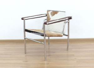 Basculant Chair Inspired by Le Corbusier (LC1) pictures & photos