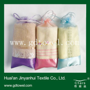 Promotional Towel Roll Towel Embroidery Towel (DC-I01)