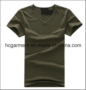 Cotton V-Neck Solid Arm Green Color T-Shirt for Man pictures & photos
