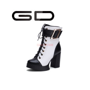 Fashion Simple Buckle Lace Shoes Women Dress Thick High Heel Boots pictures & photos