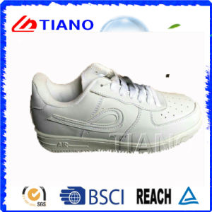 High Quality Outdoor Footwear Sports Shoes Man Walking Shoes (TNK90007) pictures & photos