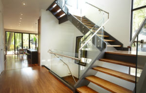 Interior Wood Stairs Wood Stair Treads Pr-L1079 pictures & photos