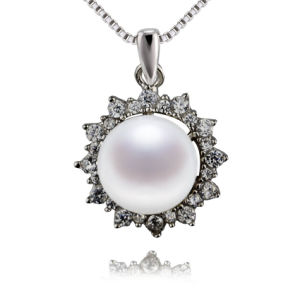 Flower Shape Elegant Deisgn Lady Single Pearl Pendant