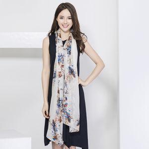 Silk Ladies Fashion Scarf, Digital Print pictures & photos