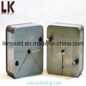 Customized Precision Plastic Injection Tooling Factory pictures & photos