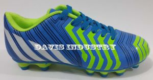 Most New Design Soccer/Football Shoes pictures & photos