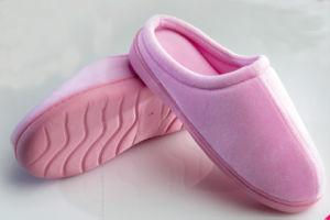 Velvet Lady′s Velvet Memory Foam Slipper-Pink