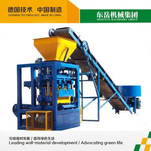 Semi Automatic Concrete Block Making Machine (QT4-24) pictures & photos