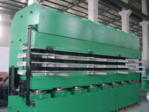 High Quality Tyre Tread Vulcanizing Press pictures & photos