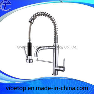 Brushed Brass Rotatable Kitchen Mixer Faucet Tap pictures & photos