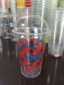 Disposable Plastic Cup with Customized Logo pictures & photos