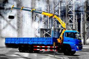 XCMG Sq14zk4q 14ton Folding-Arm Truck Mounted Crane for Sale pictures & photos