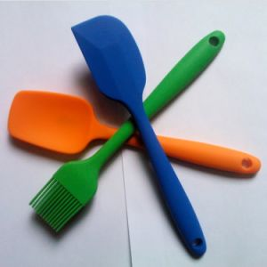Heat Insulation Silicone Scraper/Brush/ Spatula for Baking pictures & photos