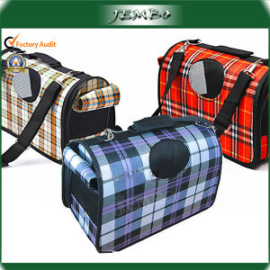 Oxford Cloth Fashion Reusable Shoulder Safety Pet Carrier pictures & photos