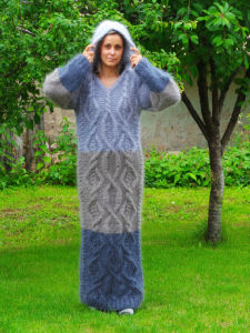 Custom OEM Hand Knit Sweater Cardigan Dress Pullover pictures & photos