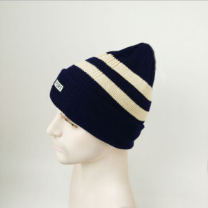 Women Hand Knitted Winter Hats pictures & photos