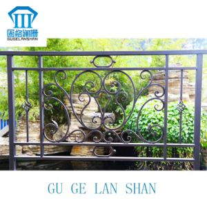 Rust-Proof/Antiseptic/High Quality Crafted Wrought Iron Balcony Fence pictures & photos